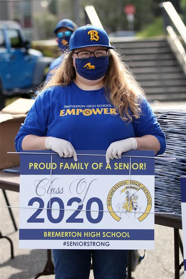 "Bremerton High Class of 2020 graduation attire ""drive-thru"""