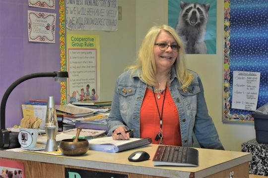 Armin Jahr Elementary's Lorrie Wolle featured in the Kitsap Sun's Teacher Spotlight