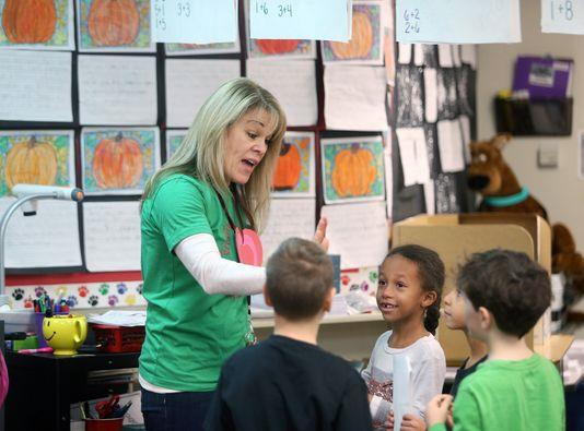 Crownhill's Janice LaFountaine FEATURED IN KITSAP SUN'S TEACHER SPOTLIGHT